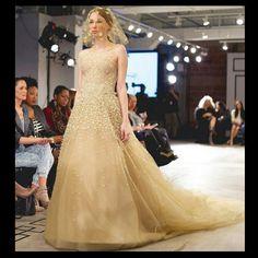 Fashion, Couture, Dresses, Wedding Dresses, Evening, Formal  http://www.binzario.com