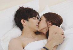 Good Morning Kisses, Drama Tv Shows, O Drama, Cute Love Couple, Family Photos, Couple Photos, Korean Couple, Ulzzang Couple, Drama Korea