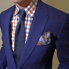 Try bold shirts with your blazer & a pocket square with the fabric tips showing! #Fashionforwardmen #nycpersonalstylist #joycebartlestylist