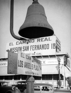 An El Camino Real roadside marker near the Los Angeles Plaza, circa 1937. Photo by Herman Schultheis, courtesy of the Photo Collection, Los Angeles Public Library.