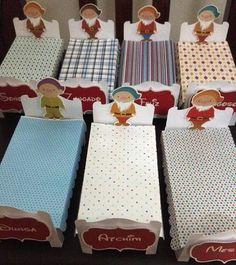 Caminha 7 anões Packaging Box, 7 Dwarfs, Malu, Happy Baby, Princesas Disney, Alice, My Baby Girl, Birthday Decorations, Christening