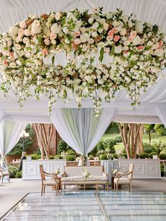 Luxe Backyard Wedding in Alabama ⋆ Ruffled Hello, gorgeous! This luxe backyard wedding in Alabama is White Tent Wedding, Outdoor Wedding Reception, Floral Wedding, Wedding Colors, Wedding Reception Locations, Luxe Wedding, Outdoor Weddings, Glamorous Wedding, Reception Ideas