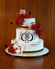 Elegantly Iced Cakes  www.tablescapesbydesign.com https://www.facebook.com/pages/Tablescapes-By-Design/129811416695