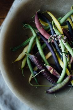 pickled corn succotash salad w/ heirloom beans + white nectarine | dolly and oatmeal