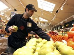 Whole Foods allows staff to know each other salaries | simply communicate