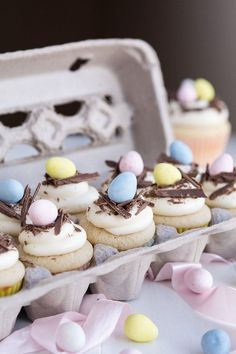 Cream cheese, white chocolate, and butter… YES PLEASE! These charming and festive White Chocolate Egg Nest Cupcakes are SO cute! I can't wait to share them with sweet friends! (via Garnish and Glaze) cupcakes nest Easter Dessert Ideas Oster Cupcakes, Egg Cupcakes, Spring Cupcakes, Cupcake Cakes, Mini Cupcakes, Cupcakes For Easter, Desserts For Easter, Sweet Desserts, Easter Cookies