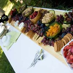 Super backyard wedding reception food design 28 Ideas the backyard Appetizers Table, Wedding Appetizers, Wedding Appetizer Table, Costco Appetizers, Wedding Reception On A Budget, Wedding Ideas, Reception Ideas, Wedding Receptions, Wedding Pics