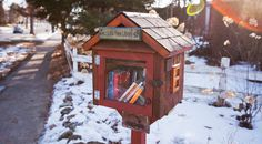 Little Free Libraries are popping up all over  Wisconsin. (via @USATodayBooks)