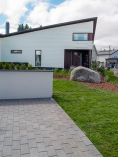 Ideakuvat | Rudus My House, Garage Doors, Outdoors, Garden, Outdoor Decor, Home Decor, Garten, Decoration Home, Room Decor