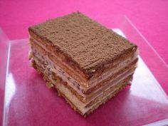 Grandma coffee cake with Thé brun biscuits Tiramisu Recipe, Tiramisu Cake, Desserts With Biscuits, Mini Desserts, Grandma's Coffee Cake, How To Make Tiramisu, Chocolate Tiramisu, Cake Recipes, Dessert Recipes