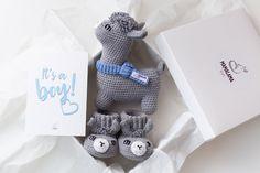 Gift box for mom to be with cute crochet llama stuffed nursery   Etsy Gifts For Pregnant Friend, Cute Llama, Funny Llama, Farm Animal Toys, Alpaca Toy, Baby Girl Announcement, Presents For Boys, Girl Shower, Baby Shower