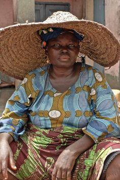 Ibadan (Yoruba: Ìbàdàn or fully (Ìlú) Ẹ̀bá-Ọ̀dàn, (the… African Tribes, African Women, African Art, African Fashion, Ankara Fashion, African Style, Afro, We Are The World, People Around The World