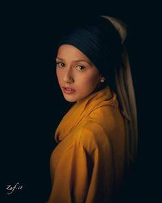 Paolo Zuf - fotografie che sembrano dipinti - sterlizie blog  ispirata a   Vermeer, Ragazza col turbante - La Ragazza con l'orecchino di perla (1666)  #photography #art #portrait #paintings