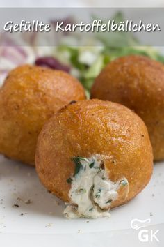 This recipe for stuffed potato balls is a hit at any party and . Chard Recipes, Crockpot Recipes, Soup Recipes, Vegan Recipes, Chicken Recipes Video, Maila, Eating Habits, Ratatouille, Finger Foods