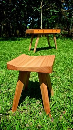 Child desk and stool - Escrivaninha e banquinho infantil - Montessori Handmade Furniture, Kids Furniture, Child Desk, Picnic Table, Montessori, Stool, Outdoor Decor, Home Decor, Kids Stool