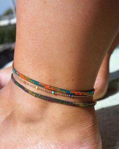 Loom Bracelet Patterns, Bead Loom Bracelets, Ankle Bracelets, Beaded Anklets, Beaded Jewelry, Ankle Chain, Accesorios Casual, Bijoux Diy, Loom Beading