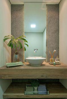 Atmosfera Eclética | Casa de Valentina Tiny Bath, My House, Beach House, Sweet Home, Bathtub, Shelves, Mirror, Wall, Furniture
