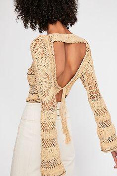Crochet Blouse Patterns Flook Free Love Crop Sweater - Luxe cotton crochet sweater featuring a statement open back with an adjustable tie closure with tassel ends. Crochet Shirt, Cotton Crochet, Crochet Lace, Crochet Bikini, Crochet Sweaters, Crochet Style, Crochet Tops, Crochet Bodycon Dresses, Black Crochet Dress