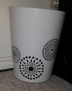 Vinyl on trash can! I LOVE how this turned out!