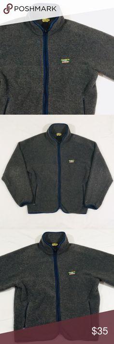 "50336e2b2a853 Vintage LL Bean Fleece Zip-Up Vintage LL Bean Fleece Zip-Up. Made in U.S.A.  90 s LL Bean Logo. Zip Pockets. Size Large. (E) Measurements  Length  22""  Pit to ..."