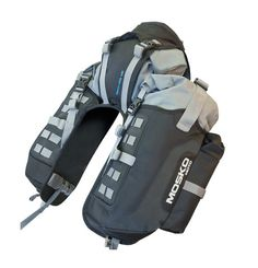 The Reckless is a rackless motorcycle pannier that can be used for any sized bike. The Reckless is waterproof moto luggage ready for long touring. Motorcycle Equipment, Motorcycle Luggage, Motorcycle Camping, Bobber Motorcycle, Motorcycle Touring, Camping Packing, Camping Gear, Ktm 690 Enduro, Ktm Exc