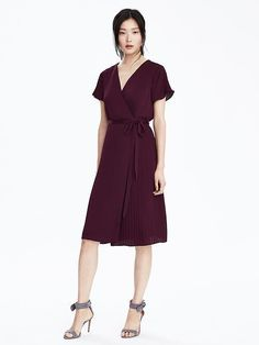 NWT Banana Republic Pleated Wrap Dress, Secret Plum, sz Small in Clothing, Shoes & Accessories, Women's Clothing, Dresses | eBay