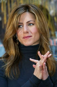 Jennifer Aniston - her hair from Along Came Polly. I LOVE this colour!