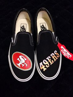 Whos got it better than us?? NOBODY!!!      These custom TOMS feature the logo and team name of the best football team in the NFL!! Thats right,