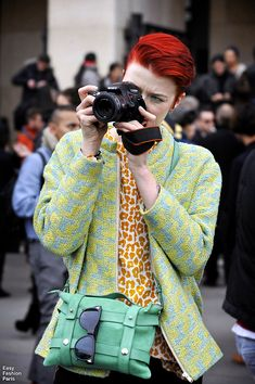 Easy Fashion:  Stylish Lens Serie - FW - Paris  Marianne - Style Devil
