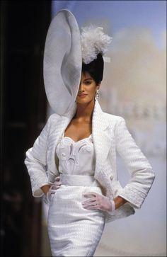 supermodelshrine:  Yasmeen for Christian Dior, s/s 1993