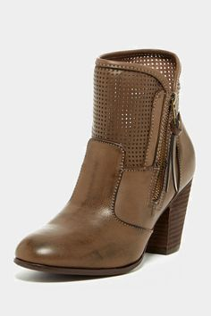 """Report Jamie Perforated Boot"""
