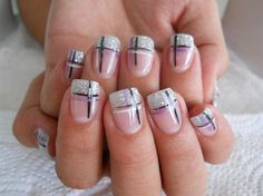 If you do not know what patterns are to be applied on nails you can simply work out with French gel nail art designs. Nails Gelish, Toe Nails, Fancy Nails, Pretty Nails, Gel Nail Art Designs, Nails Design, Cross Nail Designs, French Tip Nails, French Gel