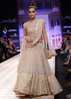 http://www.barcode91.com/anita-dongre-royal-collection-at-lakme-fashion-week-winter-festival-2013-sn-35.html Anita Dongre royal collection at Lakme Fashion Week Winter/Festival 2013