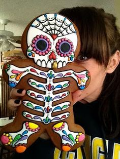 Cupookie--giant gingerbread man decorated for Day of the Dead. Gorgeous!