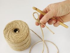 Have you noticed that natural jute decor is bang on trend right now? In this tutorial, you'll learn how to crochet the rounds and create a stunning contrast between the natural jute and metallic. Crochet Stitches Free, Crochet Patterns, Sisal, Jute, Coaster Crafts, Wall Hanging Crafts, Weaving Art, Learn To Crochet, Knitting Yarn