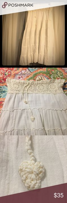 """Boho Style Crotchet Waist Maxi Skirt Soft, flowey and Romantic. This Maxi Skirt is comfortable and pretty.  100% cotton with a 1/2 liner (liner doesn't go to bottom Hem, stops 1/2 way down) and a beautiful crocheted waist line w/ drawstring.  Hem to Hem: 37"""" Waist: 36"""" when fully expanded, will draw up very small. no brand Skirts Maxi"""
