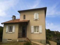 Maison 6 pièces 152 m² à vendre Chabanais 16150, 145 000 € - Logic-immo.com