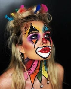 27 Pretty and Cute Clown Halloween Makeup Looks Clown Costume Women, Clown Halloween Costumes, Creepy Halloween Makeup, Halloween Eyes, Halloween Looks, Halloween 2019, Cute Clown Makeup, Circus Makeup, Clown Face Paint