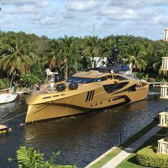 Super Yachts, Big Yachts, Yacht Design, Boat Design, Speed Boats, Power Boats, Mini Yacht, Bateau Yacht, Yatch Boat