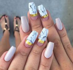Malishka702_nails white marble gold nude