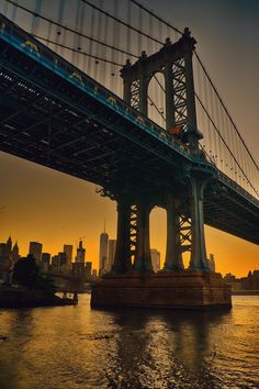 Manhattan Bridge at sunset by Alexander Marte #newyorkcityfeelings #nyc #newyork