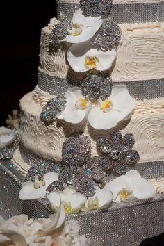 IDEAL PR MEDIA: Wedding Cake Bling; Beautiful Cakes That Sparkle & Shine