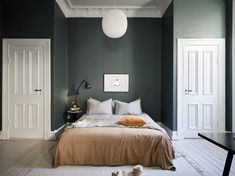 60 trendy bedroom dresser scandinavian home Bedroom Dressers, Bedroom Bed, Bedroom Decor, Bedroom Inspo, Target Bedroom, Queen Bedroom, Bedroom Ideas, Scandinavian Apartment, Scandinavian Home