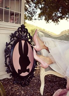 Alice in Wonderland Wedding Inspiration by Couture Events ! Joielala Photography .