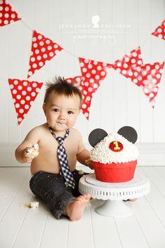 Mr. K is One – Santa Rosa Cake Smash Photographer » Jeneanne Ericsson Photography mickey mouse cake smash