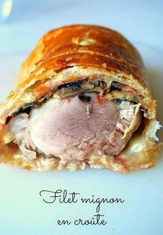 Filet Mignon in der Kruste - Gisele B. - - Filet Mignon in der Kruste - Gisele B. Pork Recipes, Cooking Recipes, Healthy Recipes, Carnitas, Food Porn, Warm Food, Cooking Time, Love Food, Salads
