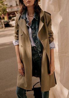 Scott Trench - Camel - Cotton - Sézane Look Olivia Palermo, Transport Routier, Style Parisienne, Union Made, Parisian Style, Blue Stripes, Coats For Women, Trench, Vintage Black