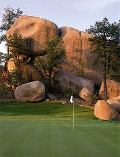 The Rim Golf Club - These Golf Courses are part of the Sonoran Suites Golf Packages & Courses in Scottsdale, Arizona that are available to you, your family, friends or corporate groups. Sonoran Suites offers premier vacation condo rentals and golf vacation packages in Scottsdale, Phoenix, Tucson, San Diego, Palm Springs, Las Vegas and Mesquite!  Call us today at 1-888-786-7848 and let our professional golf staff book the best golf vacation possible! www.sonoransuites.com