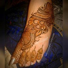 Mehndi Desing, Indian Mehndi Designs, Legs Mehndi Design, Modern Mehndi Designs, Mehndi Design Pictures, Wedding Mehndi Designs, Beautiful Mehndi Design, Mehndi Images, Latest Mehndi Designs