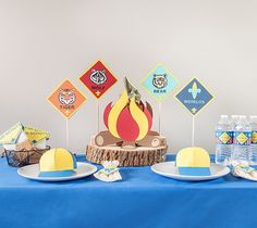 Cub Scout Centerpieces - Blue and Gold Banquet, Made with Cricut Explore, Webelos, Bear, Tiger, Wolf, Scouts  Make your next Blue and Gold banquet memorable with an amazing centerpiece. This project include images from the Cricut® Cub Scout digital cartridge.  xoxo, Anna Rose